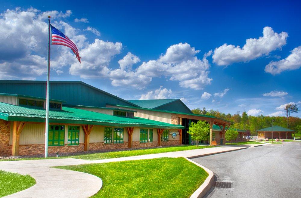 Lake Naomi Club Community Center: 122 Rte 423, Pocono Pines, PA