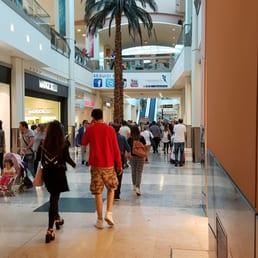 Foto su centro commerciale campania yelp for Centro commerciale campania negozi arredamento