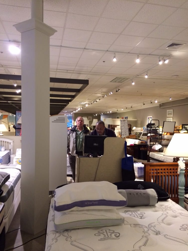 cardi s furniture furniture stores 790 iyannough rd hyannis ma phone number yelp. Black Bedroom Furniture Sets. Home Design Ideas