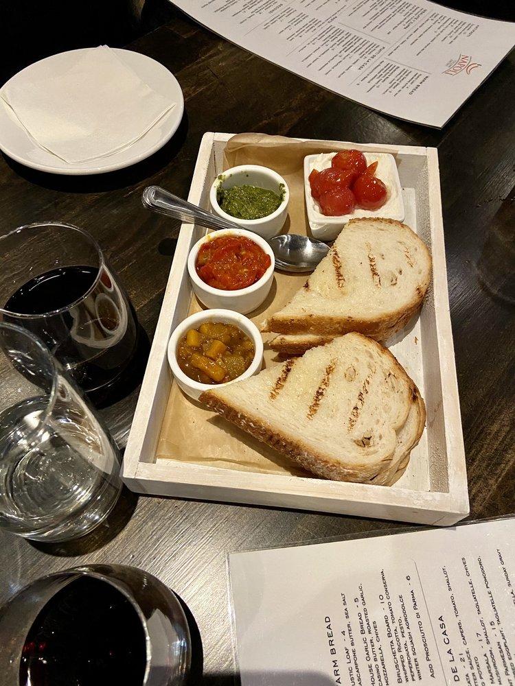 Napoli Italian Eatery: 7718 E 37th St N, Wichita, KS