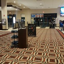 Orland Park movies and movie times. Orland Park, IL cinemas and movie theaters.