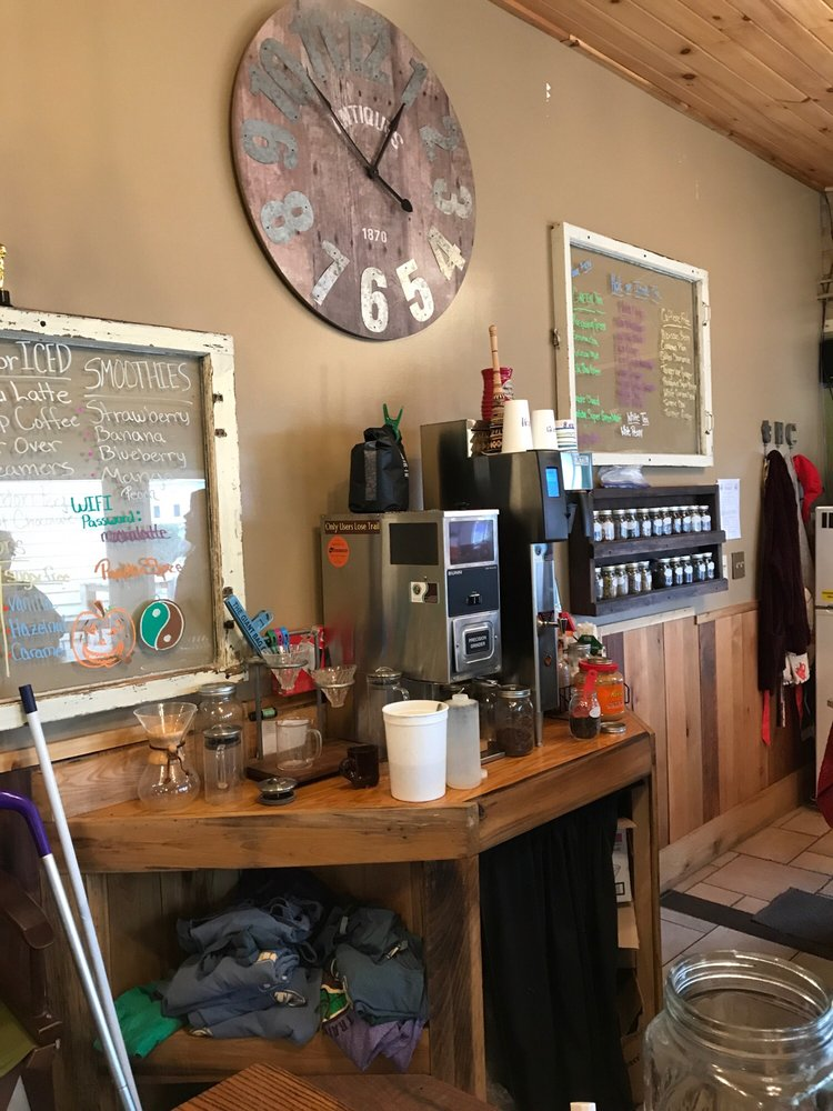 Trailhead Coffee Shop: 438 William Ave, Davis, WV