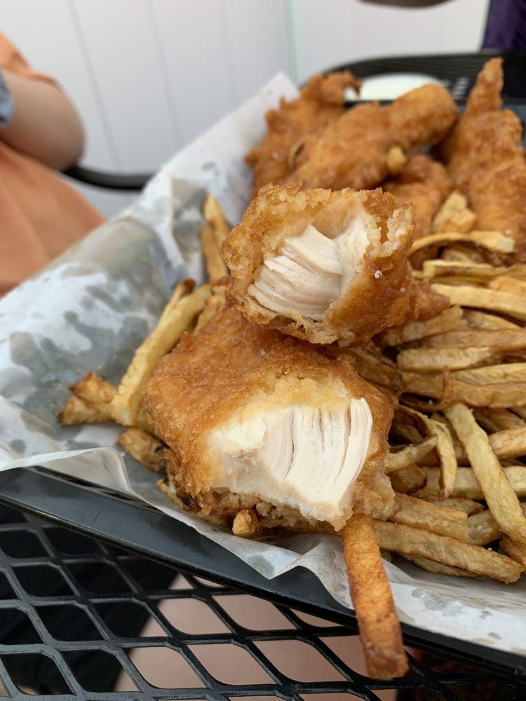 Woody's Diner: 9 N Wood St, Wapakoneta, OH