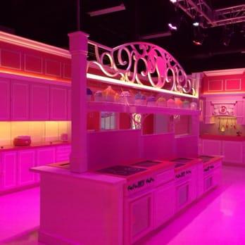 Barbie Dream House Experience Closed 57 Photos 45