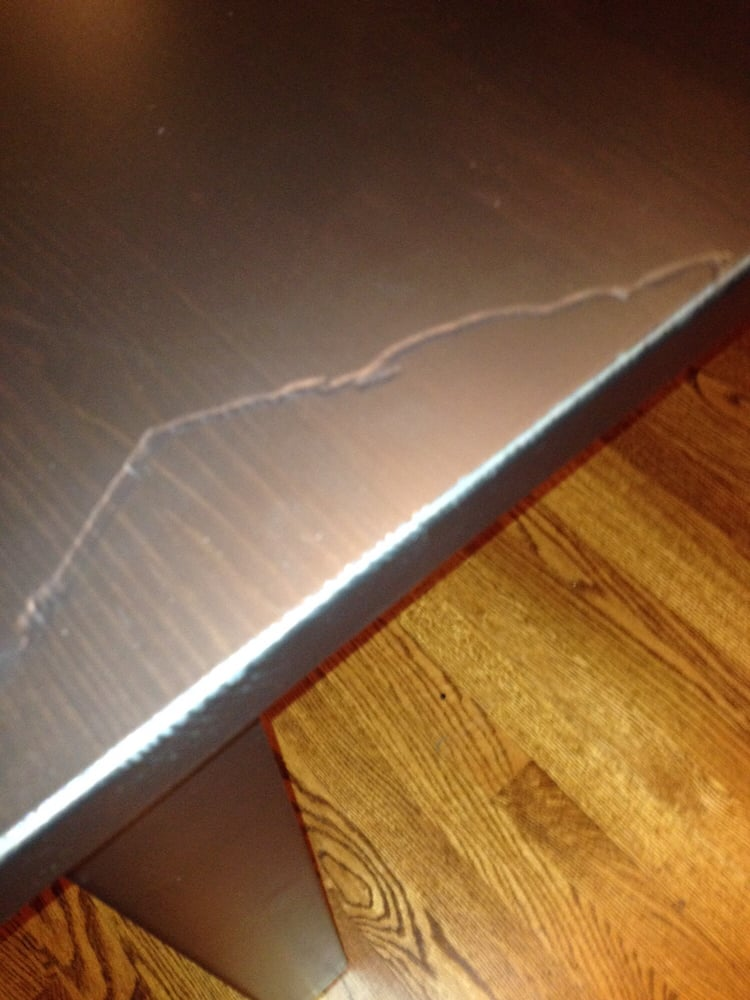 Huge Scratch On Delivery Of A Dining Room Table Total 2 Hours