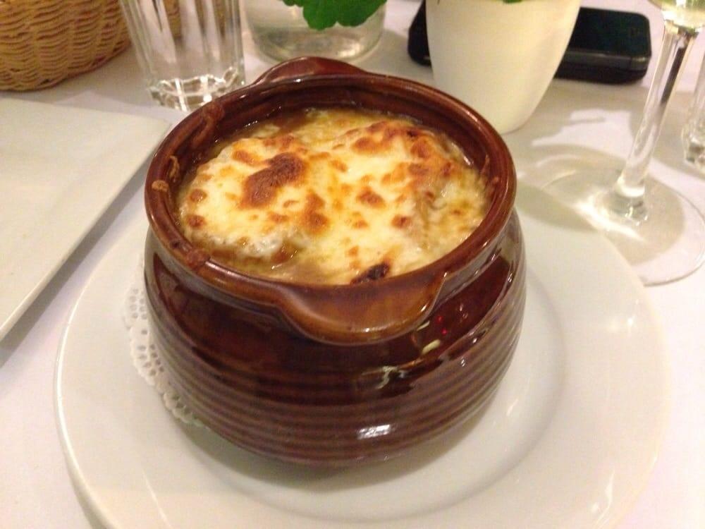 Le Bourlingueur Restaurant Montreal