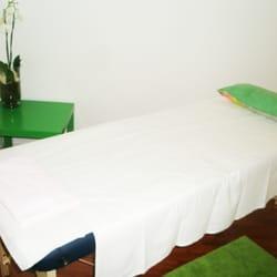 Salon de massage et relaxation chinois 13 photos massage 2 bis place de l 39 eglise saint - Salon de massage erotique bordeaux ...