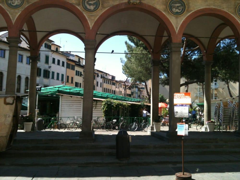 Foto su piazza dei ciompi yelp for Piazza dei ciompi