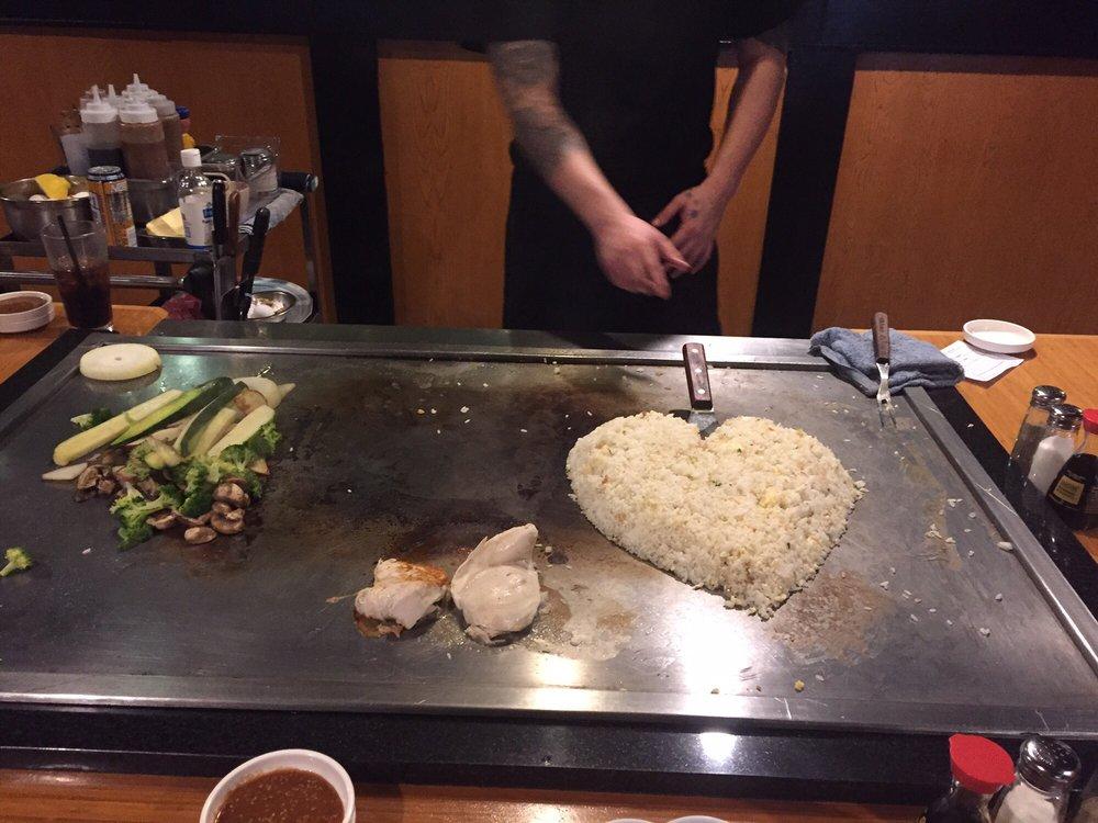 Shogun Sushi & Hibachi Grill: 3521 S Broadway Ave, Tyler, TX