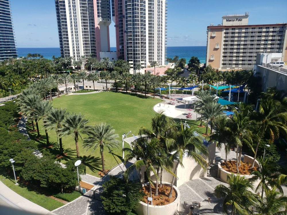 Heritage Park: 19200 Collins Ave, Sunny Isles Beach, FL
