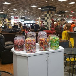 Bob's Discount Furniture Mattresses Cole Rd
