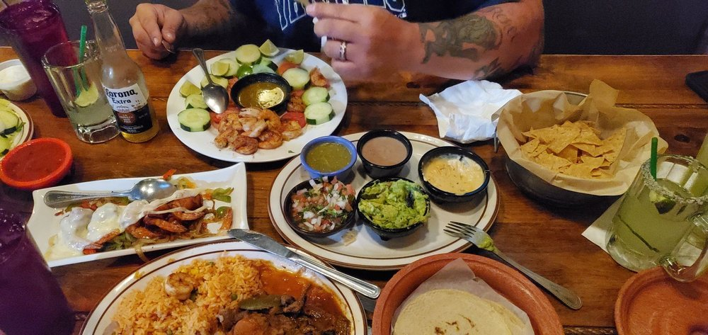 Chihuahua's Grill & Cantina: 71 Giroux St, Winnemucca, NV