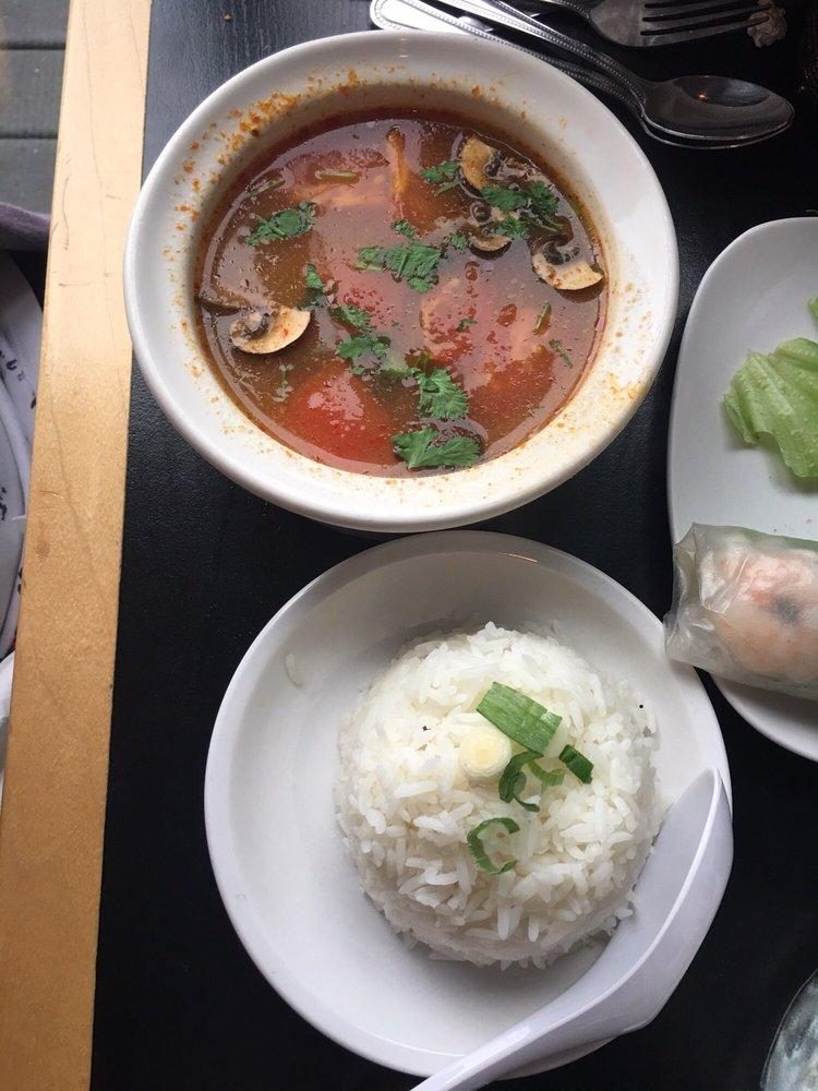 Asian Cajun Seafood Company: 937 N Detroit St, Warsaw, IN