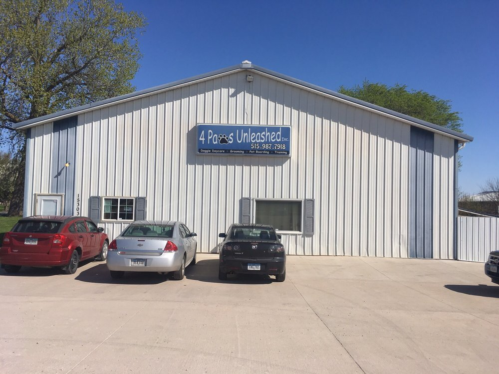 4 Paws Unleashed: 15303 Hickman Rd, Clive, IA