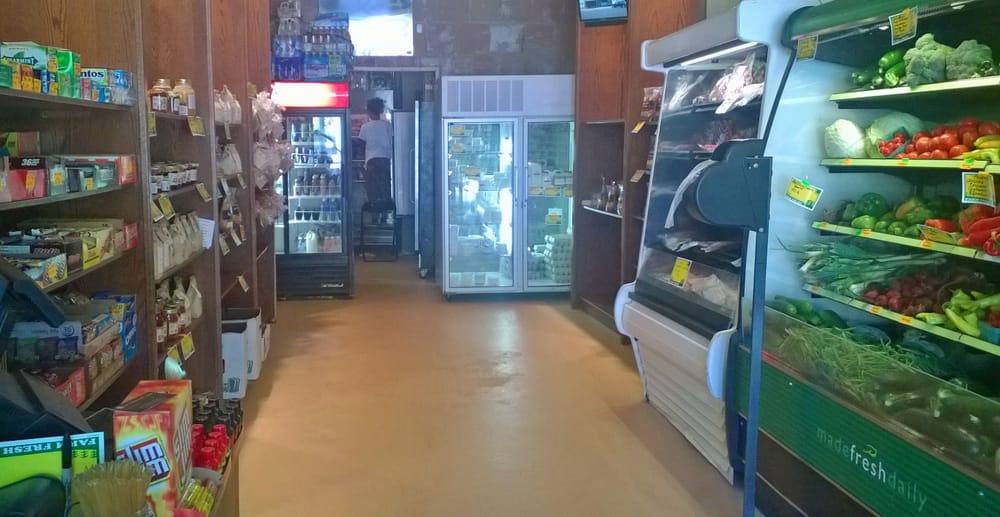 Daddy's Neighborhood Fresh Market: 4811 NW Radial Hwy, Omaha, NE