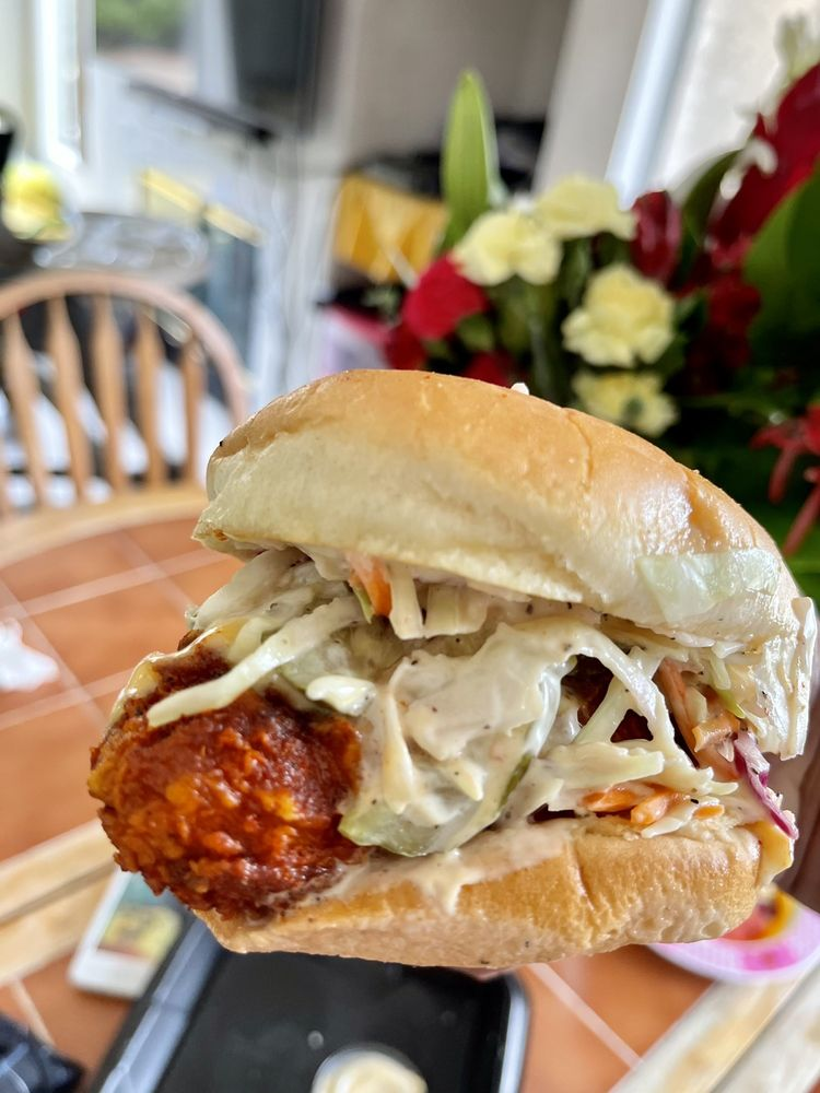 Angry Chickz: 612 Mission Ave, Oceanside, CA
