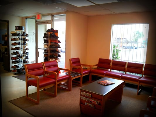 Valley Oaks Orthopedic and Wound Care Center - Orthopedists