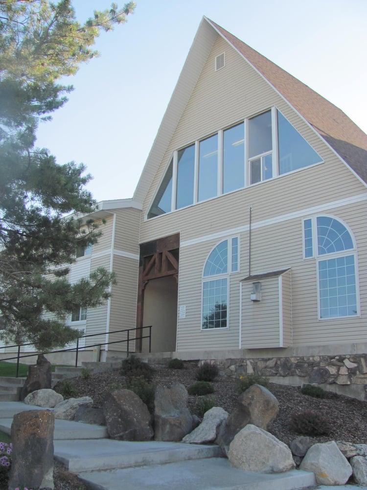 Alpine Chalet Inc Get E Apartments 460 S 2nd W Rexburg