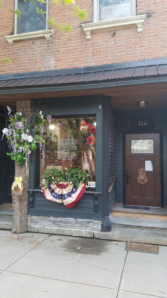 Farmhouse Floral Design: 315 Main St, Middleburgh, NY