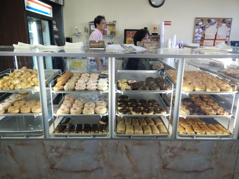 Ya Whoo Doughnuts: 9219 Archibald Ave, Rancho Cucamonga, CA