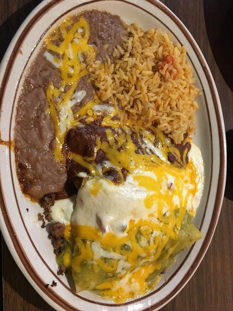 Hidalgo's West: 3108 Sherwood Way, San Angelo, TX