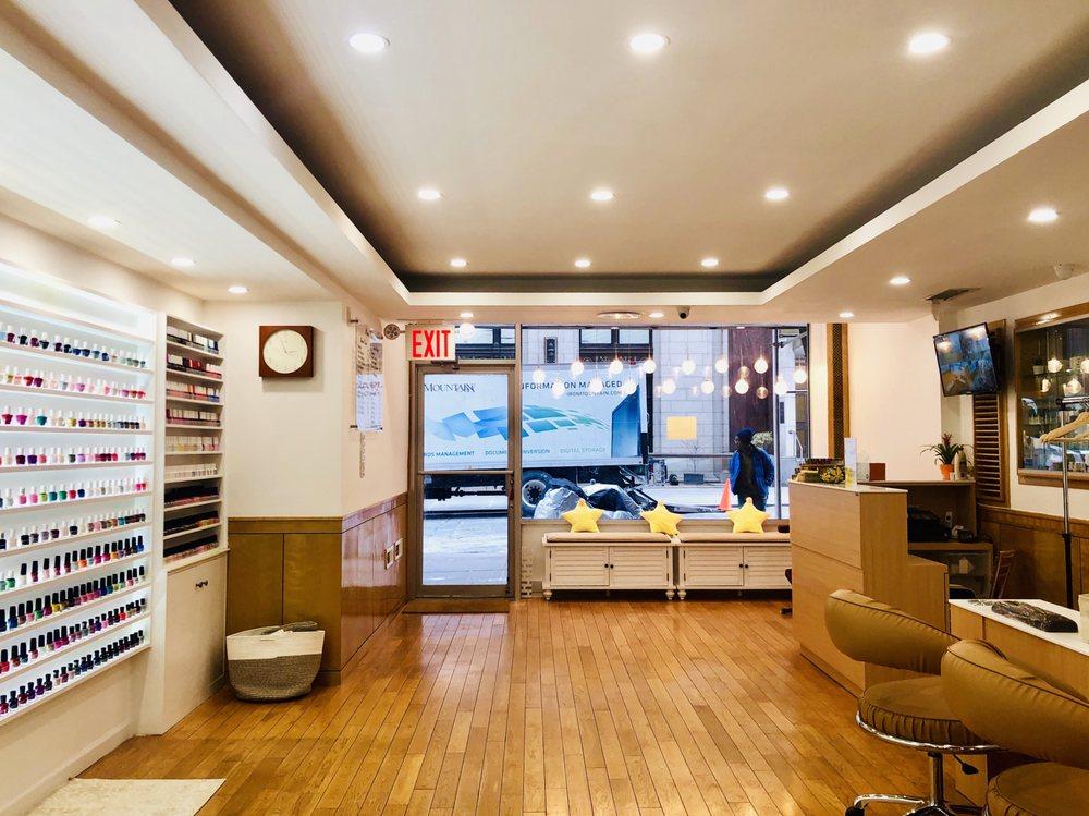 Starry Nail Spa: 163 Remsen St, Brooklyn, NY