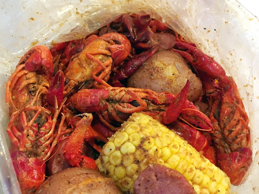 The Juicy Crawfish: 5905 Jimmy Carter Blvd, Norcross, GA