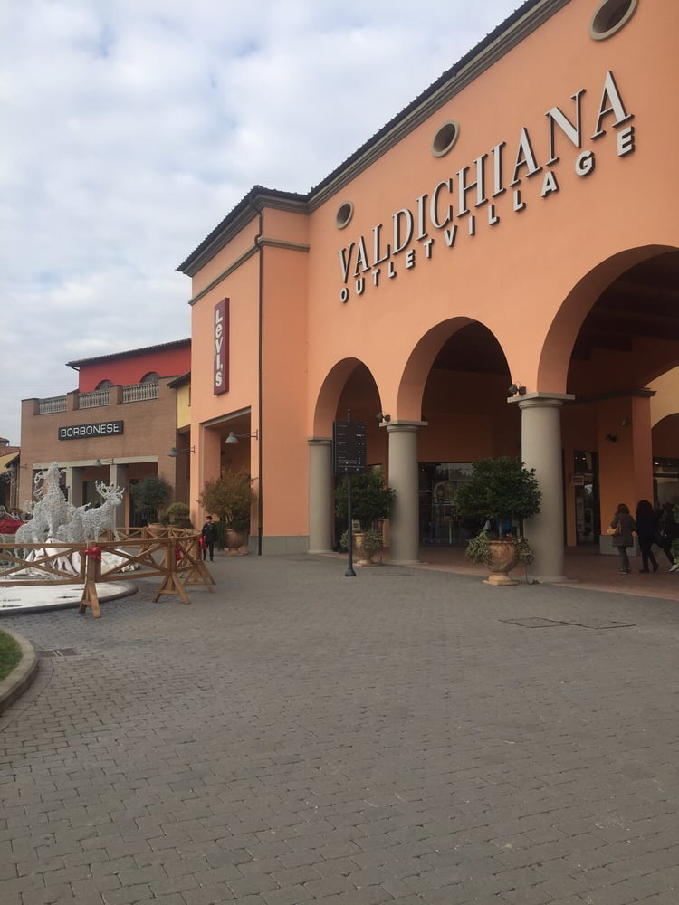 Photos for Valdichiana Outlet Village - Yelp