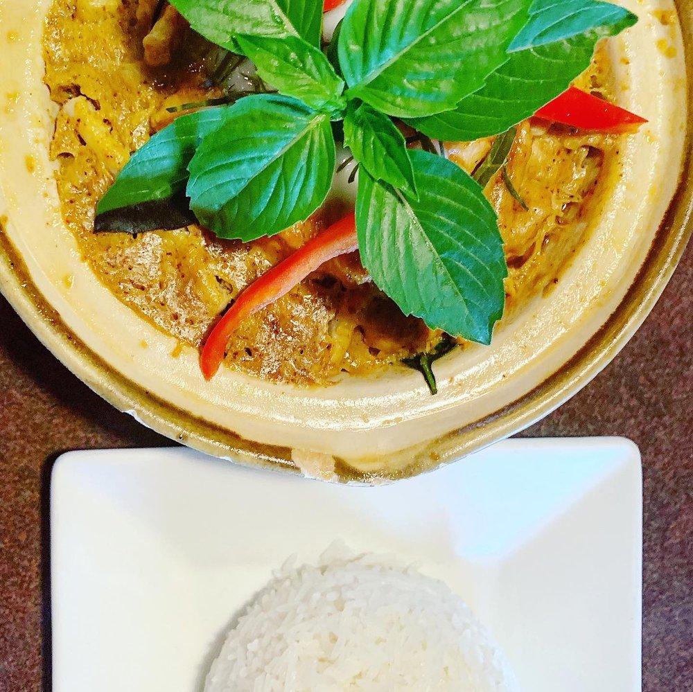 Lanna Thai Restaurant: 7227 S Memorial Dr, Tulsa, OK