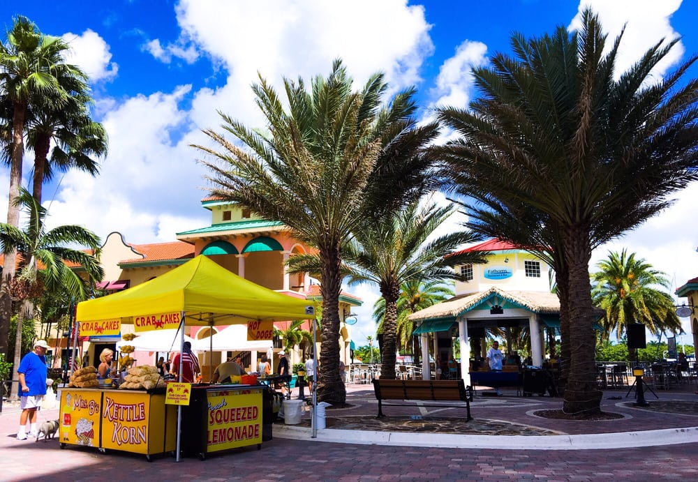 Cape coral farmers market 11 reviews boerenmarkt se for 186 se 12th terrace