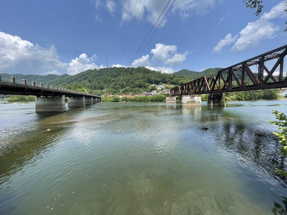 The Snack Shack: Gauley Bridge, WV