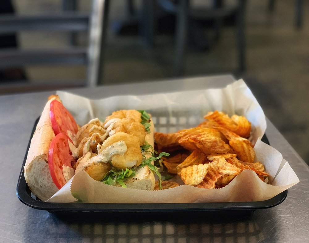 Kudzu Seafood Company: 512 Poplar St, Macon, GA