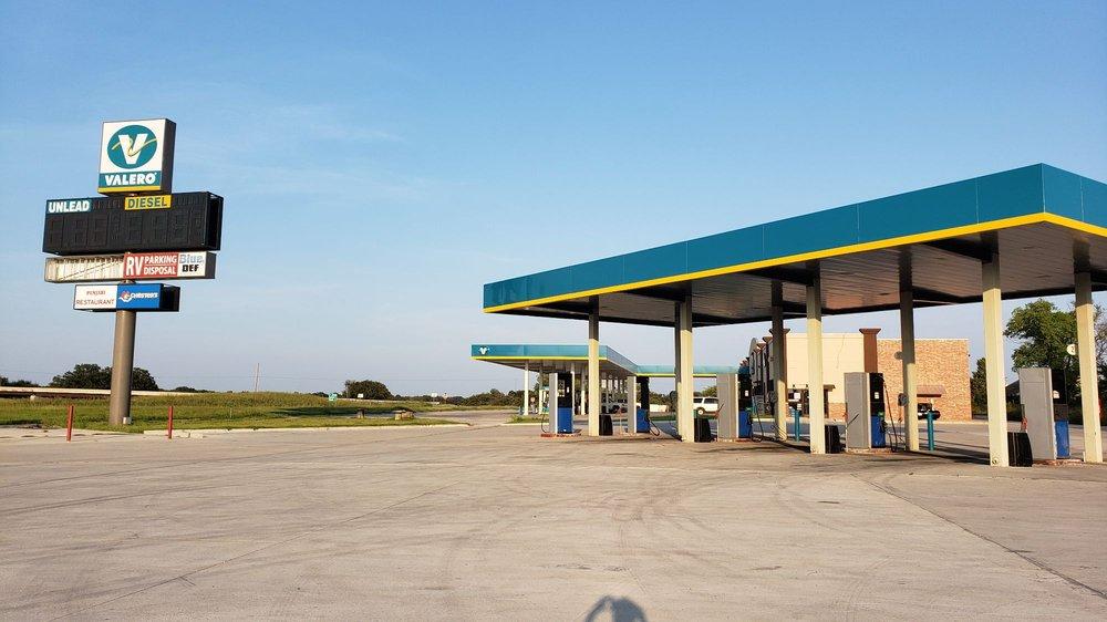 I-40 Travel Plaza: 11249 Highway 56, Cromwell, OK