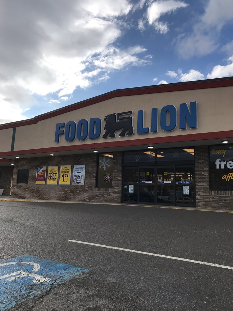Food Lion: 345 N Pennsylvania Ave, Hancock, MD