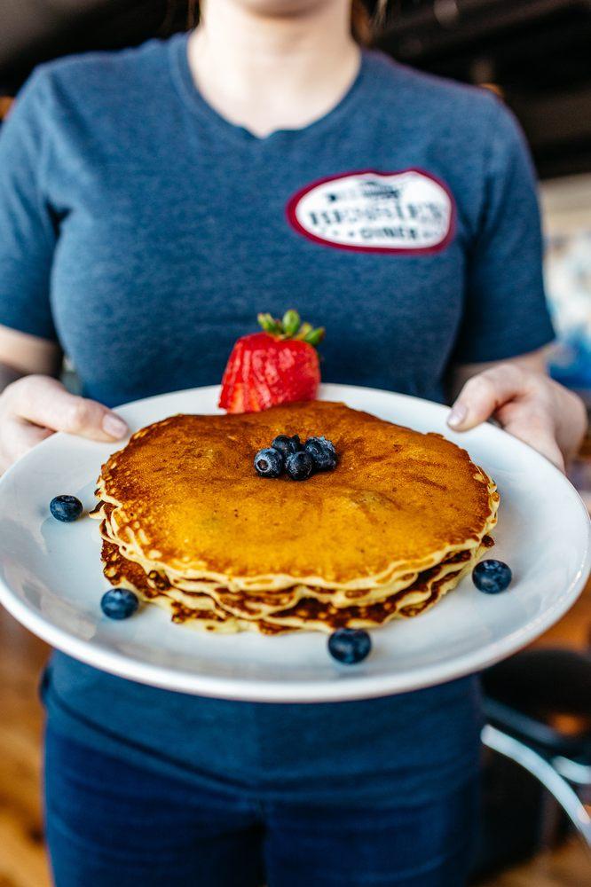 Bessie's Diner: 1716 W Airport Rd, Janesville, WI