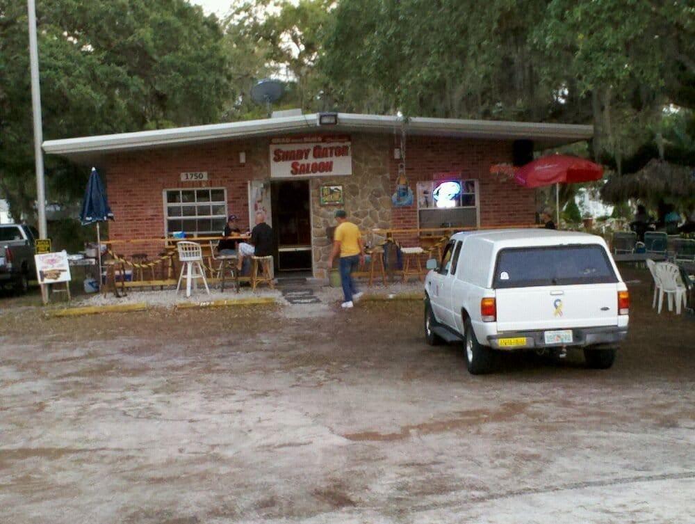 Shady Gator'z Saloon: 1750 Williams Rd, Ortona, FL