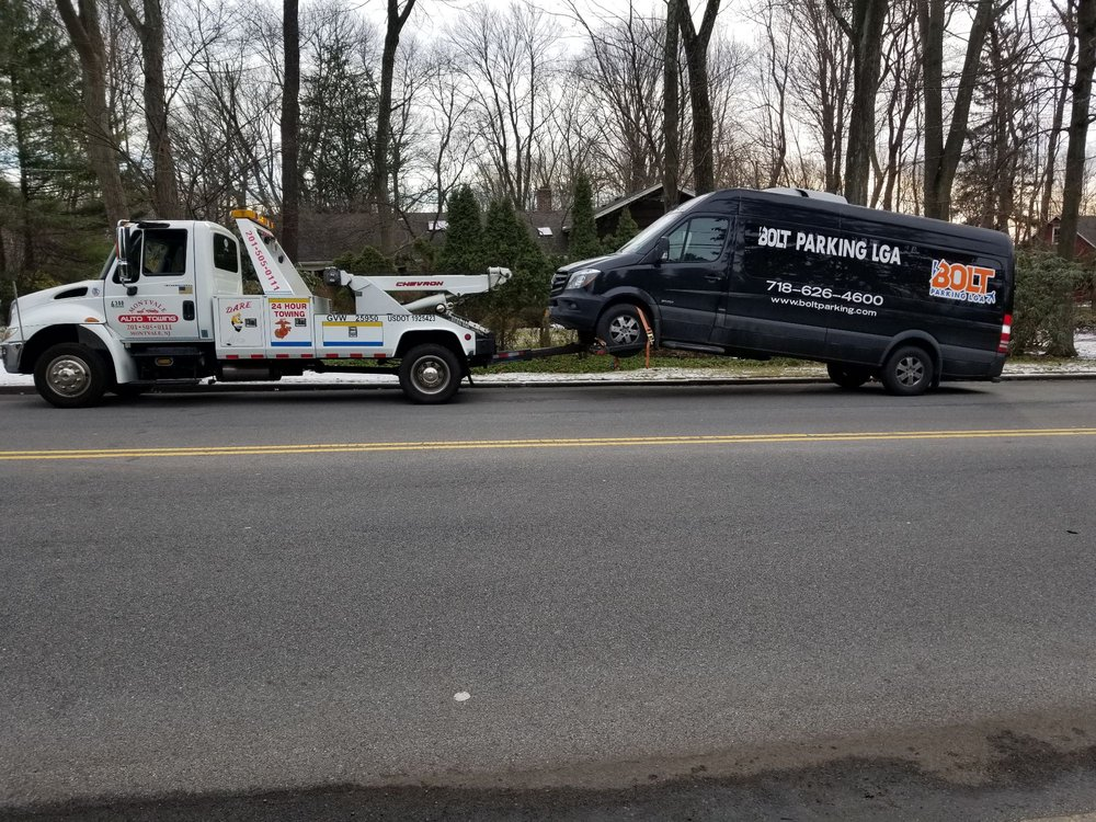 Towing business in Montvale, NJ