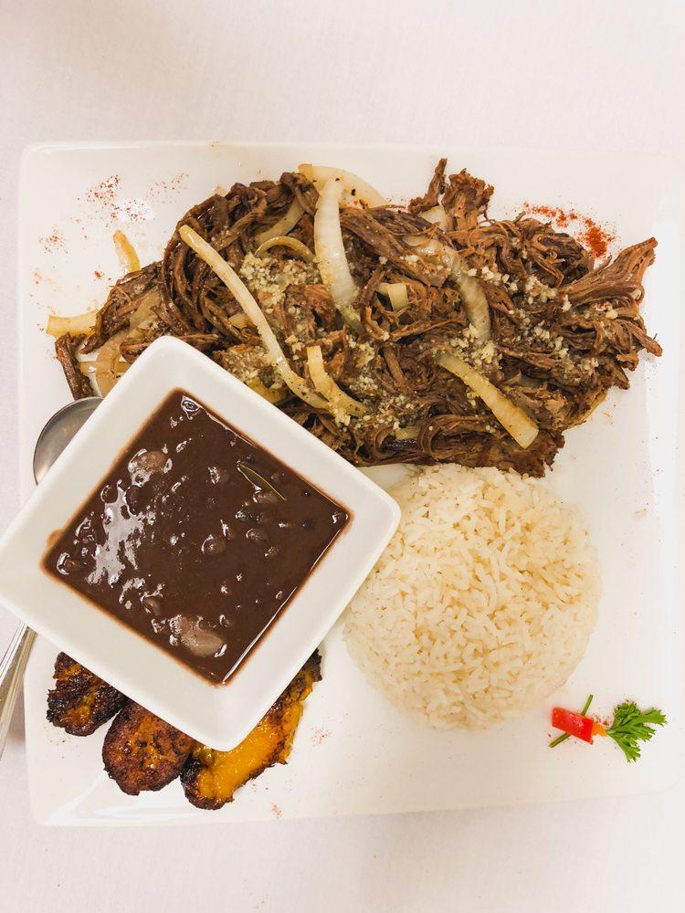 Cuba Bella Cafe: 2540 N Josey Ln, Carrollton, TX