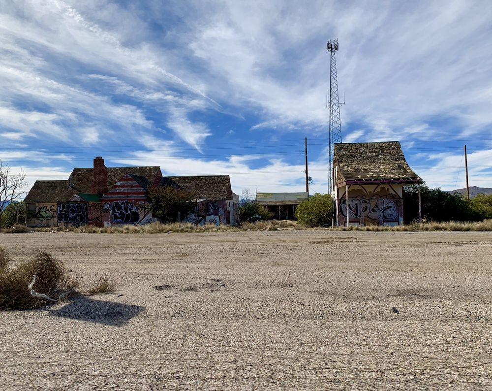 Santa's Land: 8207 US Route 93, Golden Valley, AZ