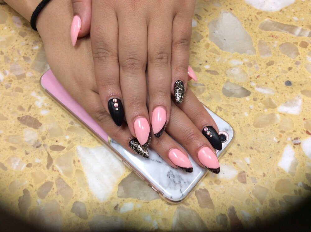 Glenview Nail Salon Gift Cards - Illinois | Giftly