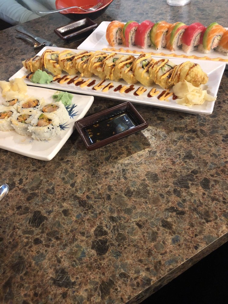Sakura Sushi: 14481 Skyway Rd, Magalia, CA
