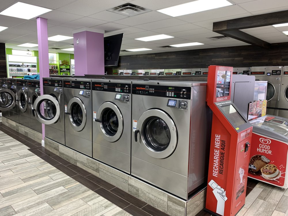 In and Out Laundromat: 6511 Braddock Rd, Alexandria, VA