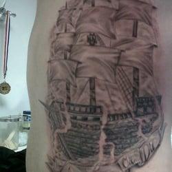 Platinum Tattoos & Body Piercing logo