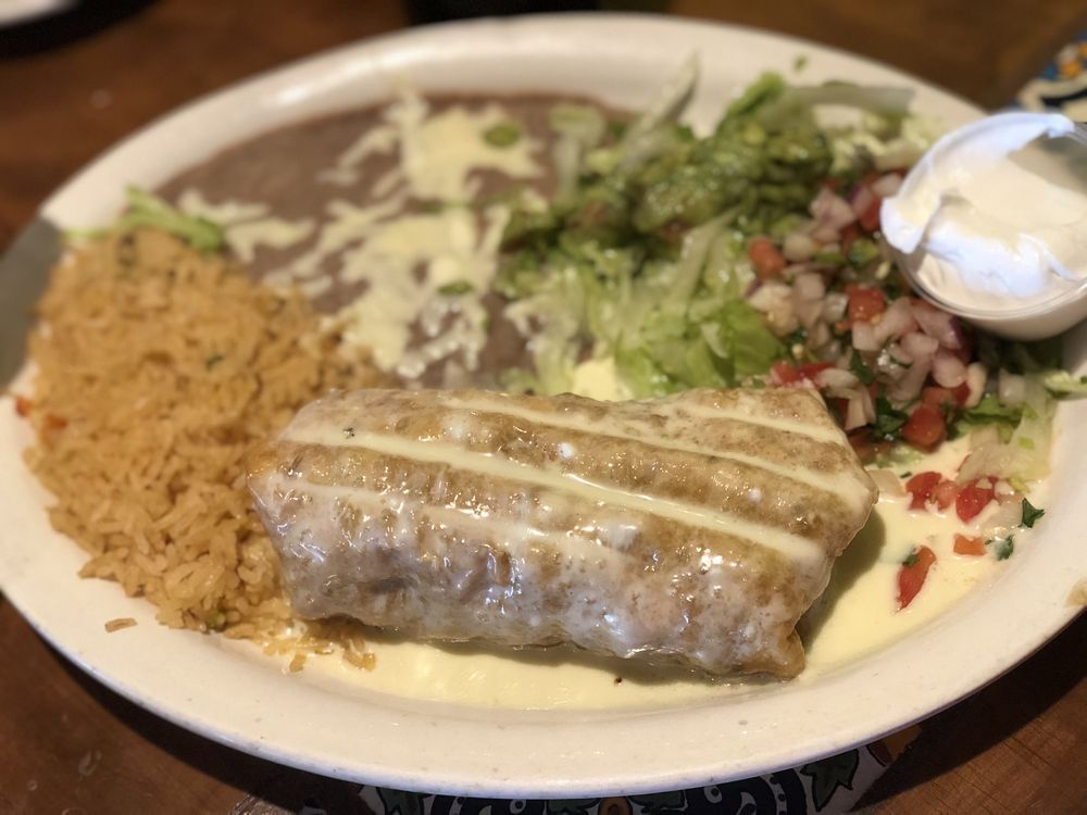 Cinco de Mayo Mexican Bar And Grill: 145 Pkwy Dr, Bardstown, KY