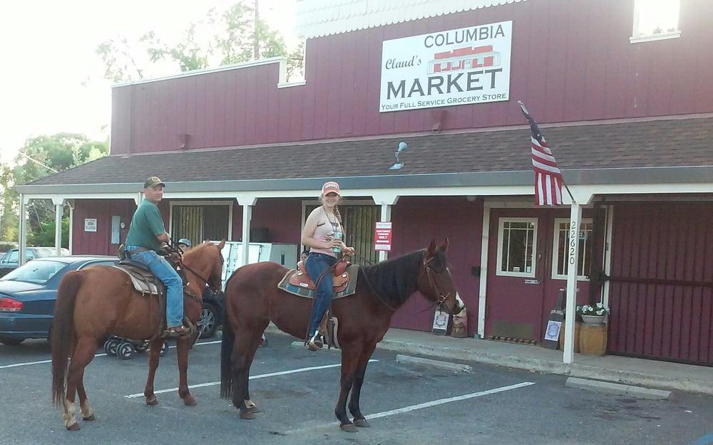 Claud's Columbia Market: 22620 Parrotts Ferry Rd, Columbia, CA
