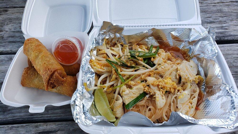 Gotji's Thai: 400 N Main St, Buda, TX