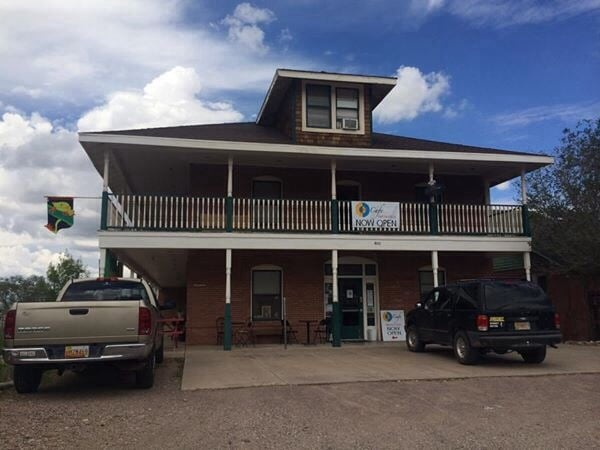 Kelly's Place Cafe: 404 2nd St, Magdalena, NM