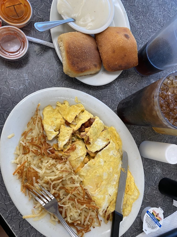 I-45 Coffe Shop Cafe: 450 I-45 S, Fairfield, TX
