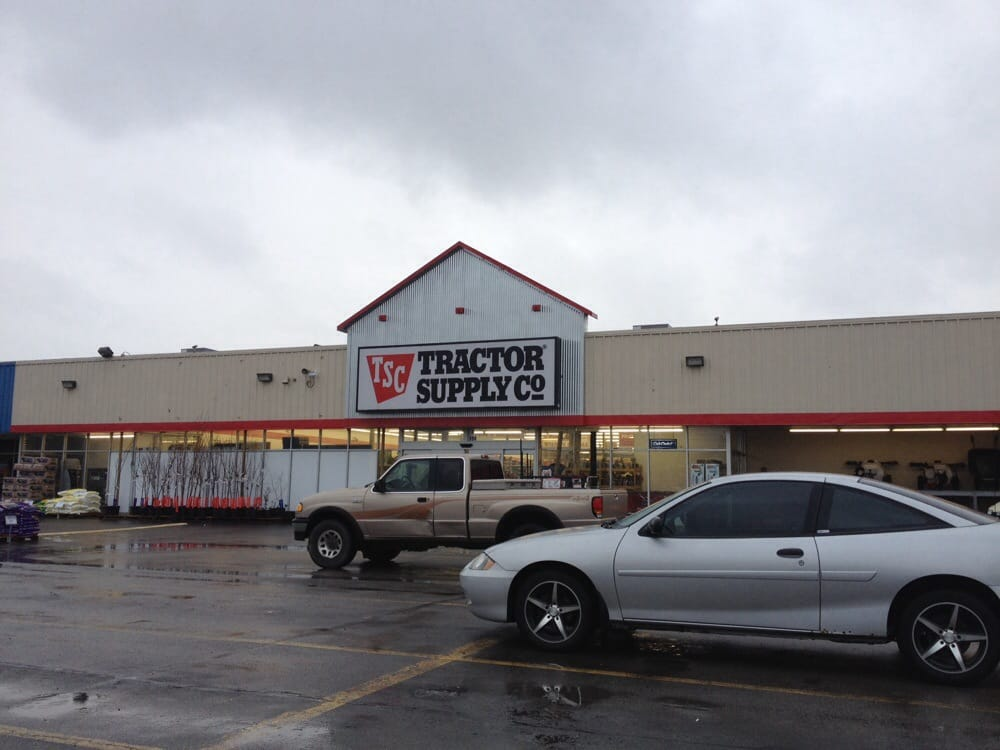 Tractor Supply: 994 US Hwy 27 S, Cynthiana, KY