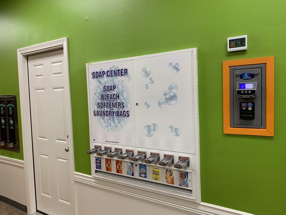 Supersuds Laundromat: 500 Boston Rd, Billerica, MA